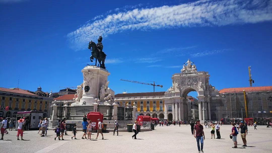 华人移民投资葡萄牙,医疗保险如何购买?