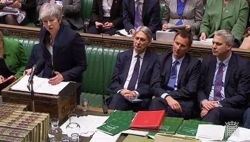 """快讯 英国议会下院正式确认推迟""""脱欧"""""""