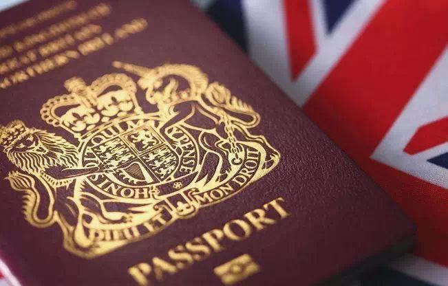 梅姨放话:英国脱欧后,这个国家的护照仍可激活英国永久居住